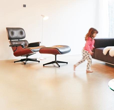 alphaeos eine app mit der sie ihr zuhause steuern. Black Bedroom Furniture Sets. Home Design Ideas
